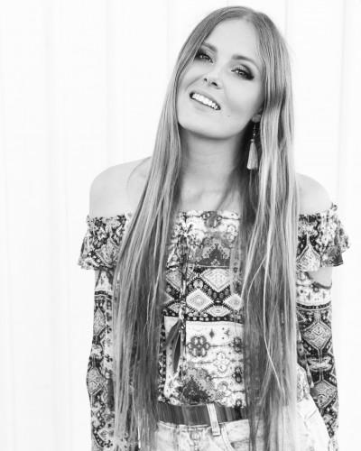 Cecilia-Kallin-singer-songwriter