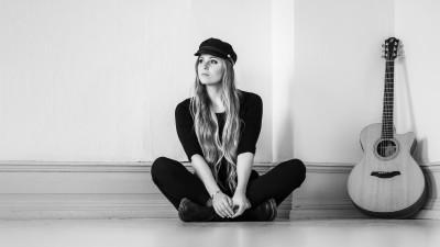 singer-songwriter-cecilia-kallin-photographer-jesper-anhede