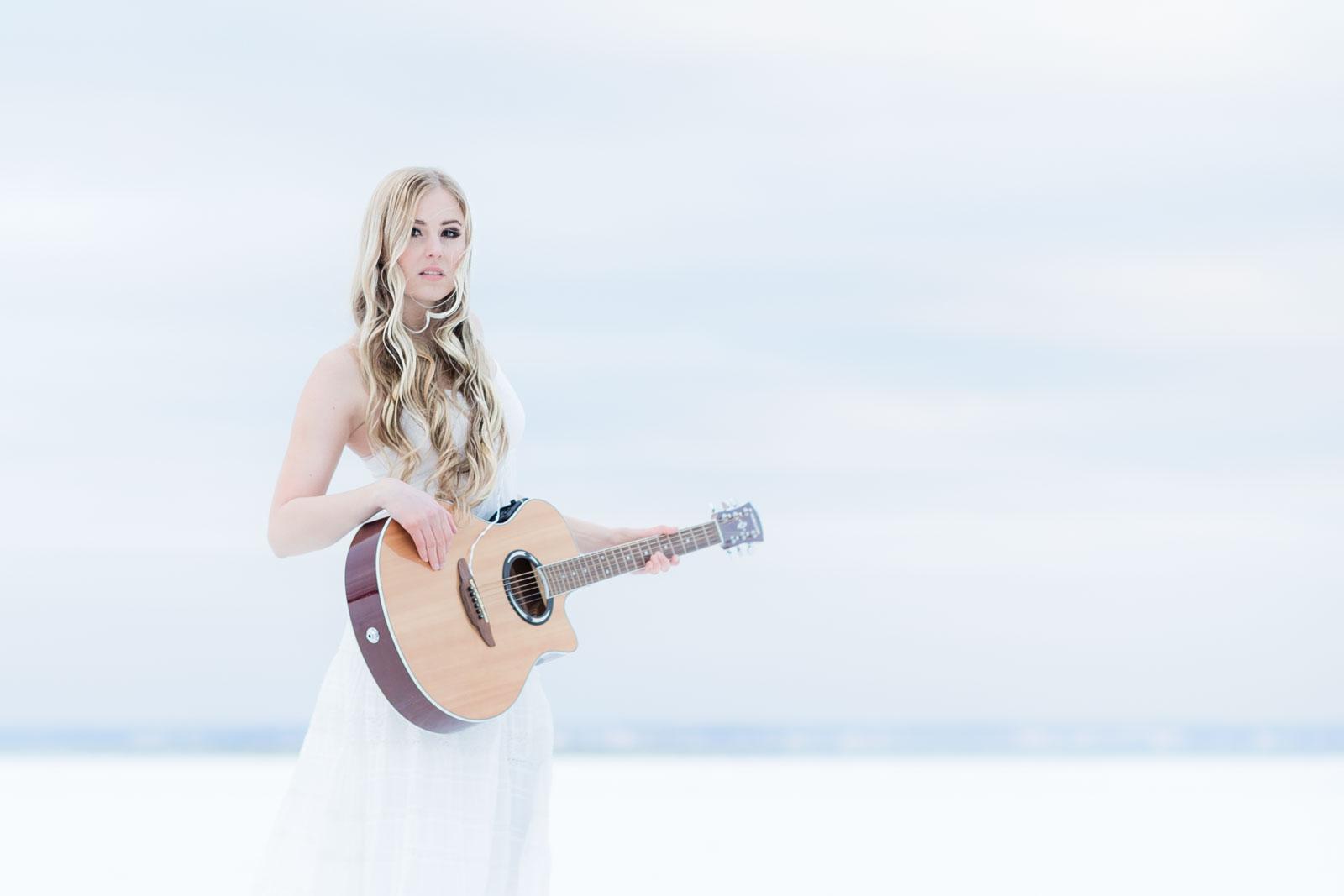 Singer-Cecilia-Kallin-photographer-Jesper-Anhede