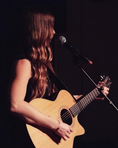 singer-songwriter-cecilia-kallin-photographer-caj-m-norlen